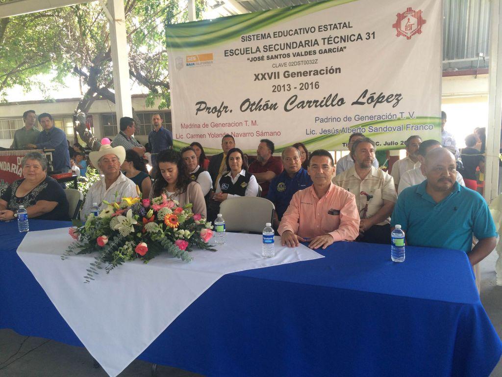 Generación 2013-2016 Secundaría #31 es apadrinada por asociación civil